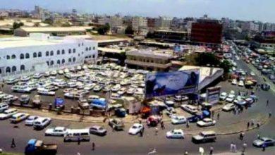 صورة عدن .. اشتباكات بين قوة امنية ومسلحين بمنطقة القاهرة تسفر عن مقتل جندي واعتقال 5 مسلحين
