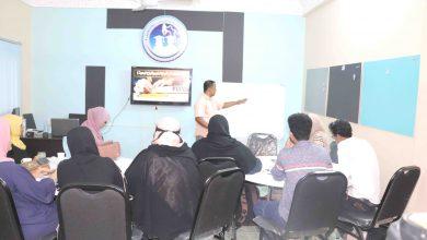 صورة مركز عدن 24 للتدريب والتأهيل يدشن دورة منهجية البحوث الإعلامية