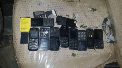 صورة حزام أبين يضبط هواتف محمولة تابعة لعناصر ارهابية