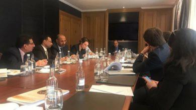 صورة الرئيس عيدروس الزبيدي يلتقي عددا من ممثلي المنظمات الدولية غير الحكومية في لندن