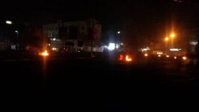 صورة بعد إصابة مدنيين ماره .. مجاميع مسلحة تثير الرعب في شوارع الشيخ عثمان