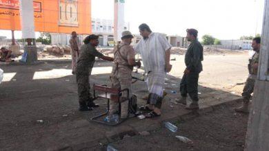صورة رئيس عمليات الإسناد والدعم يزور نقاط التفتيش  بعدن