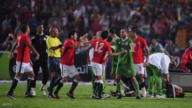 """صورة بعد 10 أعوام على """"الموقعة"""".. مصر تترقب الجزائر بنصف النهائي"""