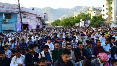 صورة الحوثي ينغص عيد الشماليين.. ترهيب واعتقالات وشرخ مجتمعي