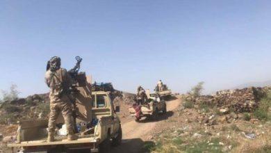 صورة الحوثي ينكسر في شمال الضالع لدى تسلله باتجاه شخب