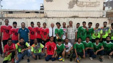 صورة الكاف والوالي يدشنان منافسات دوري كرة الطائرة لمنتخبات مديريات العاصمة عدن