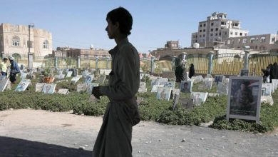 صورة خلال 4 أيام مليشيا الحوثي تدفن 42 من مسلحيها