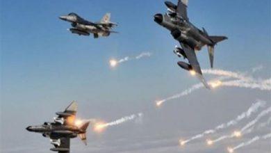 صورة غارة جوية مجهولة تستهدف مقر لواء عسكري يتبع #الشرعية بـ #الجوف