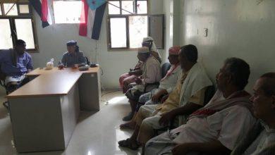 صورة العميد الحوتري يلتقي بقيادة انتقالي زنجبار ويشدد على اهمية تفعيل العمل المجتمعي
