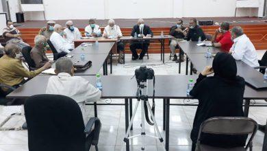 صورة الوالي يترأس لقاءً هاماً لبحث الحلول والمعالجات السريعة لمشكلات الخدمات الأساسية بالعاصمة #عدن