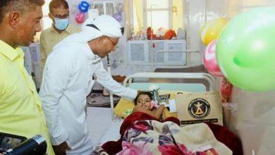 صورة حضرموت.. قيادة انتقالي غيل باوزير تزور مستشفى المديرية وتهنئ المرضى والكادر الصحي بالعيد