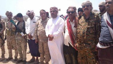 صورة رئيس انتقالي سقطرى يقف على استعدادات القوات المسلحة الجنوبية لتأمين المحافظة (صور)