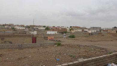 صورة مليشيا الحوثي تواصل استهداف الأحياء السكنية شمال مدينة التحيتا