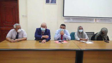 صورة الوالي والوليدي يلتقيان عدداً من ممثلي المنظمات الدولية العاملة بالمجال الصحي والإنساني في العاصمة عدن