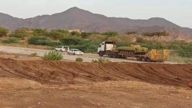 صورة في مسعى لإعاقة تنفيذ اتفاق الرياض.. مليشيا الإخوان الإرهابية تدفع بتعزيزات عسكرية إلى شبوة