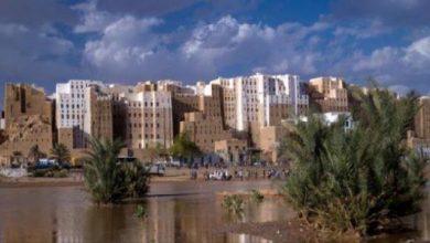 صورة حضرموت.. أمطار غزيرة تتسبب بأضرار كبيرة في منازل المواطنين بمدينة شبام