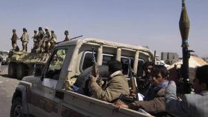 صورة أموال المنظمات الدولية وعائدات النفط.. تصعد الخلافات بين قيادات الحوثيين