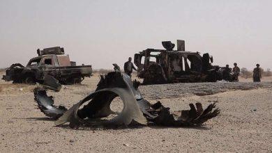 صورة مصرع 3 خبراء عبوات ناسفة في حيس والحوثي يستميت لإنتشال الجثث