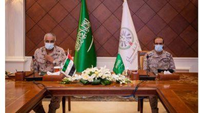 صورة قائد القوات المشتركة الأزيمع يلتقي قائد القوات البرية الإماراتية