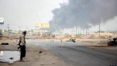 صورة مليشيا الحوثي تواصل استهداف الأحياء المدنية في تعز والحديدة