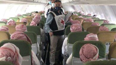 صورة وصول 15 أسيراً سعودياً و4 سودانيين إلى #الرياض