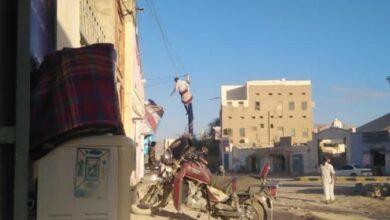 صورة قوات الاحتلال اليمني تقتحم حي السحيل بسيئون وتزيل صور الشهيد القائد أبو اليمامة