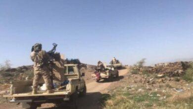 صورة الحوثيون يدفعون بتعزيزات كبيرة إلى جبهات شمال الضالع