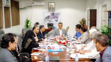 صورة لملس يترأس الاجتماع الأول للجنة إعداد الخطة والموازنة للعام 2021