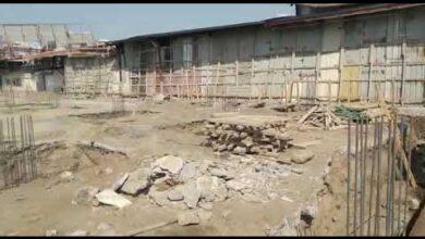 صورة #الحديدة.. إصابة 5 عمال إثر قصف مدفعي لمليشيا #الحوثي استهدف احد المجمعات التجارية