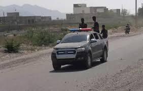 صورة ضبط متهماً بجريمة قتل في منطقة الحيمة بالخوخة اليمنية
