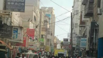 صورة #عدن.. تفاصيل حريق يلتهم عمارة في #كريتر