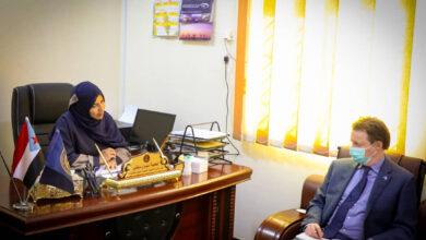 صورة #عدن.. سوقي تناقش مع ممثل مكتب مفوضية شؤون اللاجئين عدداً من الموضوعات المتعلقة بالانتهاكات في #الجنوب
