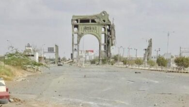 صورة مصرع قيادي حوثي بارز خلال محاولة تسلل فاشلة في كيلو 16