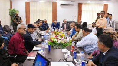 صورة وزير النقل يناقش الصعوبات واهم الإحتياجات التطويرية لمؤسسة موانىء خليج عدن