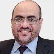 صورة صحفي يمني يؤكد وجود أزمة حقيقية واختلالات في أداء الشرعية ويدعو لمعالجتها