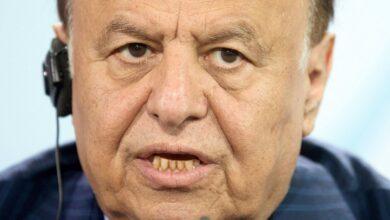 صورة صحيفة دولية: قرارات هادي تمكين لسيطرة الإخوان على المؤسسات الحكومية