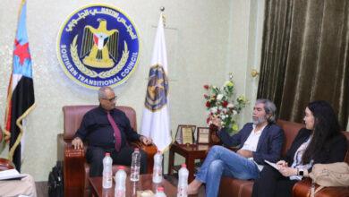 صورة نائب الأمين العام يلتقي مدير مكتب المبعوث الأممي #مارتن_غريفيثس بالعاصمة #عدن