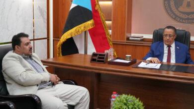 صورة الخُبجي يطّلع من رئيس تنفيذية انتقالي #لحج على مستجدات الأوضاع بالمحافظة