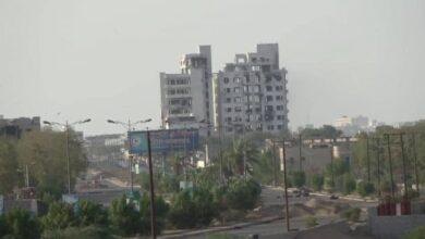 صورة دك ثكنات حوثية في #الحديدة_اليمنية والمليشيات تتكبد خسائر فادحة