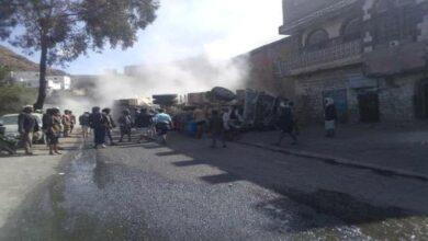 صورة إب.. وفاة 6 مواطنين في حادث مروري مروع
