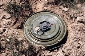 صورة لحج.. إستشهاد معلم متطوع اثر انفجار لغم حوثي بمنطقة اللصب
