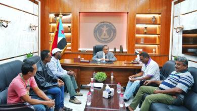 صورة الخُبجي يؤكد حرص الانتقالي على تطوير أداء منظمات المجتمع المدني والمبادرات الشبابية في العاصمة عدن