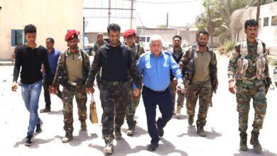 صورة مدير شرطة السير يزور مقر الحزام الأمني ويبحث مع العميد الربيعي التنسيق المشترك