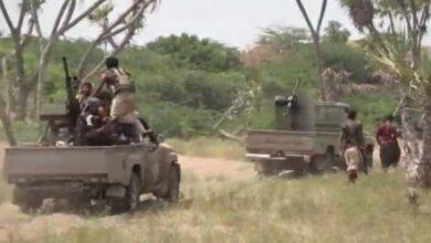 صورة مليشيا الحوثي تواصل استهداف الأحياء السكنية في الحديدة
