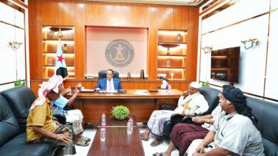 صورة الدكتور الخُبجي يلتقي عدداً من مناصب ومقادمة #حضرموت