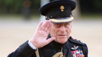 صورة توفى صباح اليوم الجمعة عن عمر 99 عام .. تعرف على سيرة الأمير فيليب.. ثالث أكبر المعمرين بالأسرة الملكية البريطانية