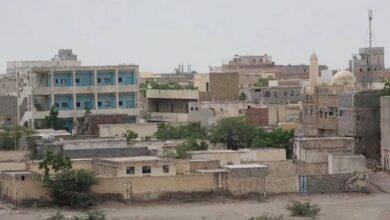صورة مليشيات الحوثي تجدد قصفها على مدينة حيس