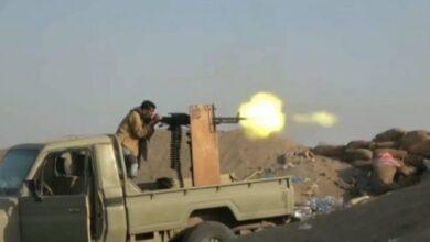 صورة قصف متبادل بين مليشيات الحوثي وأبطال المقاومة الجنوبية بجبهة #ثره
