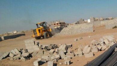 صورة تقرير  هل ينهي الانتقالي ظاهرة نهب الأراضي والمساحات في عدن..؟
