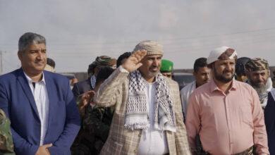 صورة الرئيس الزُبيدي يزور معسكر اللواء التاسع صاعقة بالصبيحة